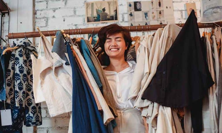 Guide for Buying Clothes: How to Be a Better Shopper